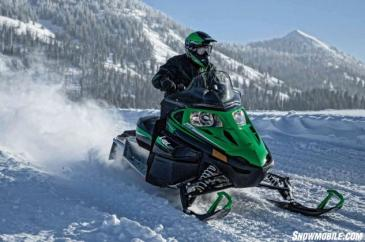 Winter ski-doing
